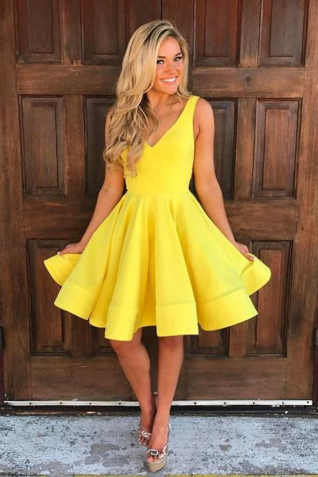 Yellow Homecoming Dress,V Neck Prom Dress,Swing Party Dress,Short Cocktail Dresses,Semi Formal Dress