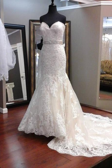 Strapless Sweetheart Lace Appliques Mermaid Wedding Dress with Satin Sash and Train