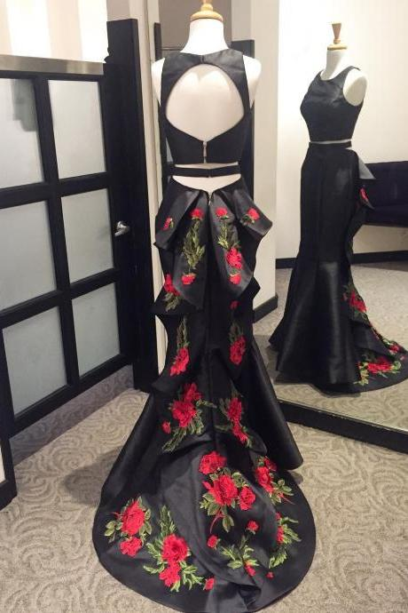 Black Two-Piece Sleeveless Floral Embroidered Mermaid Long Prom Dress Featuring Open Back