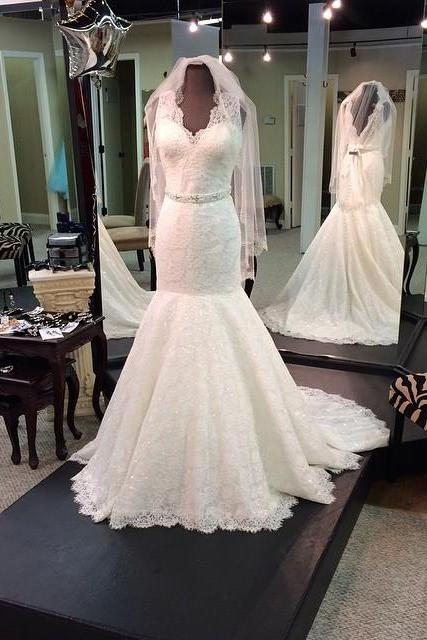 Sleeveless V-Neck Lace Mermaid Wedding Dress Featuring V Back and Train