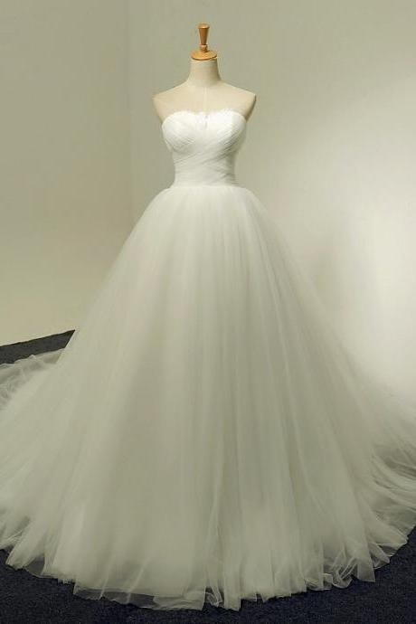 Strapless Sweetheart Ruched Ball Gown Wedding Dress with Long Train and Lace-Up Back