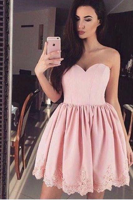 Pink Sweetheart Short Ruffled Homecoming Dress Featuring Lace Hem
