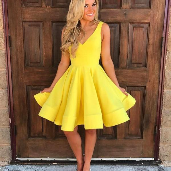 short ball gowns dress, v neck homecoming dress,yellow prom dress,swing party dress