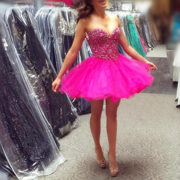 pink homecoming dress,beaded cocktail dress,pink ball gowns,short prom dresses 2017